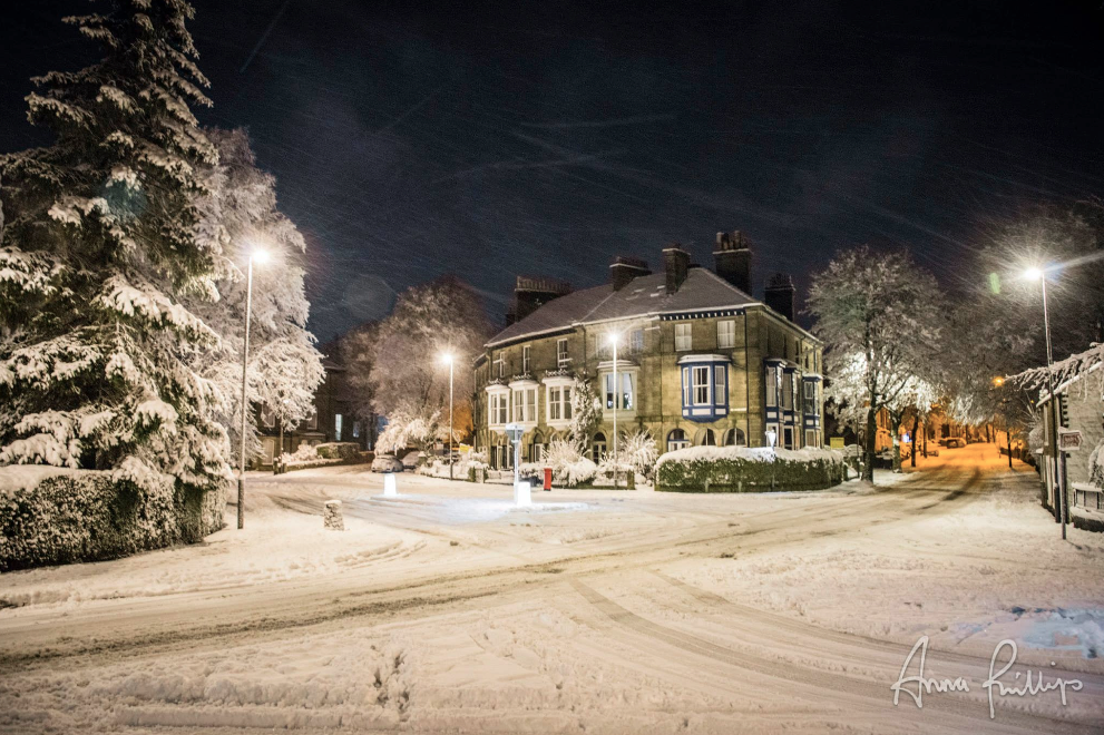 Bath Road Buxton in Boxing Day snow