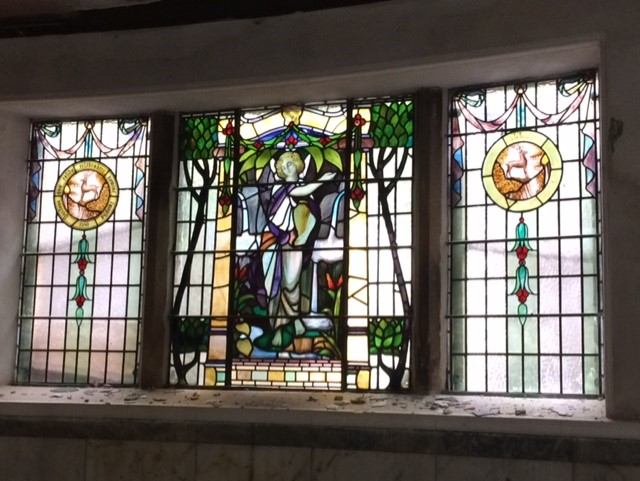 st-annes-window-in-the-pump-room