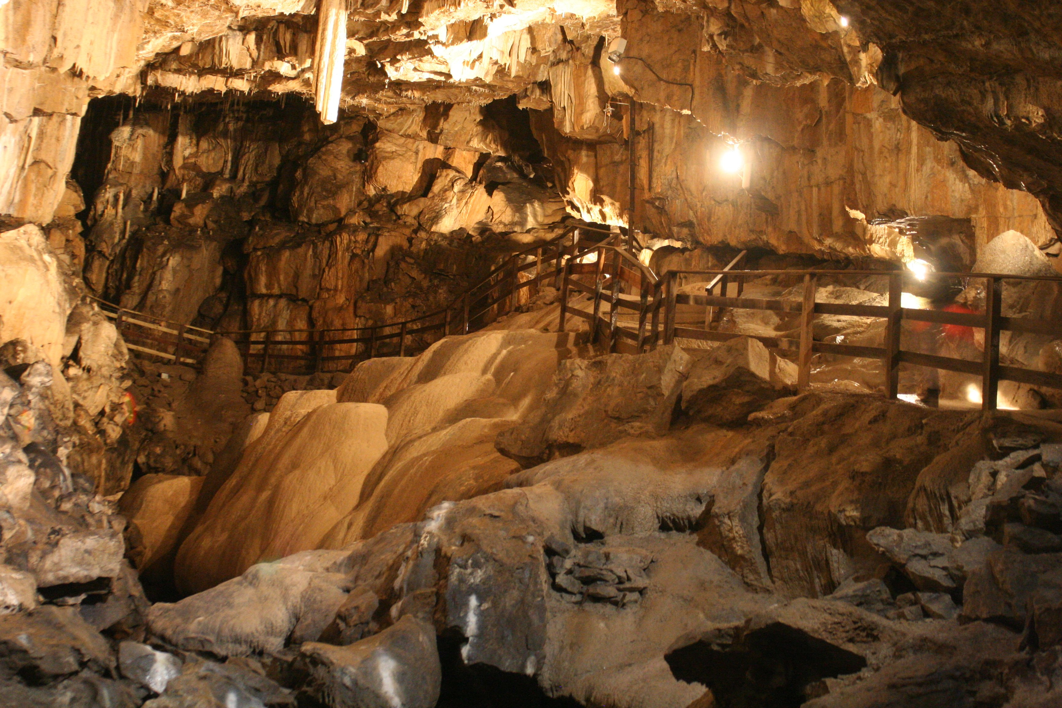 13 Things You Probably Don T Know About Poole S Cavern