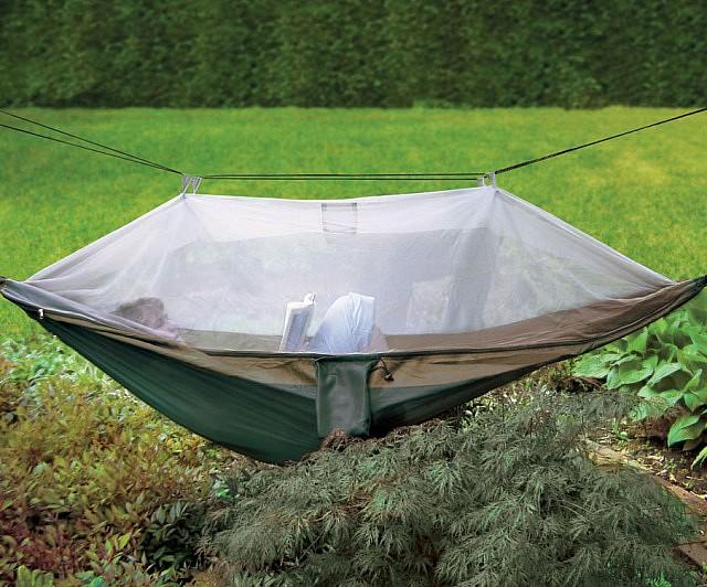 netted-cocoon-hammock1-640x532