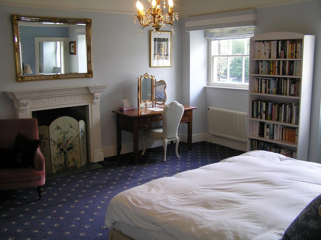 'Pavilion Gardens' room at No.6 The Square