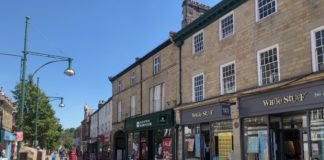 Click and Collect shopping in Buxton